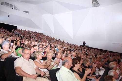 Teatro municipal turismo de torrevieja for Oficina turismo torrevieja