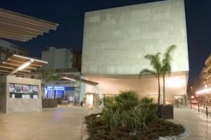 Teatro para todos los públicos: La Bella y La Bestia @ Teatro Municipal de Torrevieja